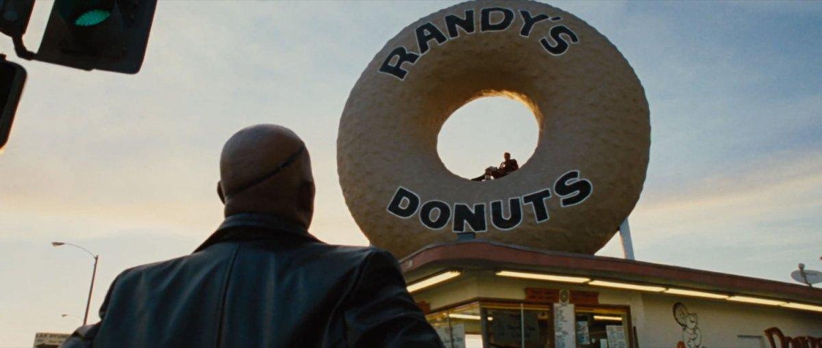 Randy's Donuts, Inglewood CA   MCU LocationScout