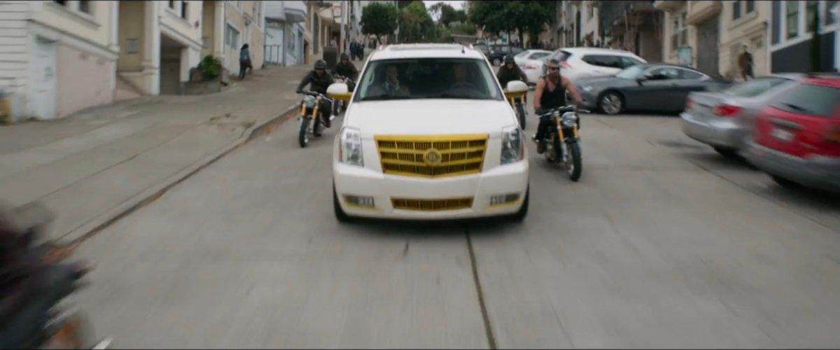 White SUV & Motorcycles, San Francisco [Cut Scene] | MCU: LocationScout