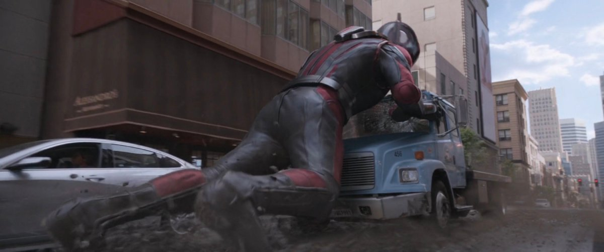Stopping Flatbed, San Francisco | MCU: LocationScout