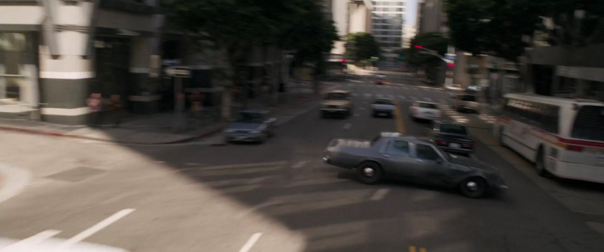 Car Chase – Cross Traffic, Los Angeles | MCU: LocationScout