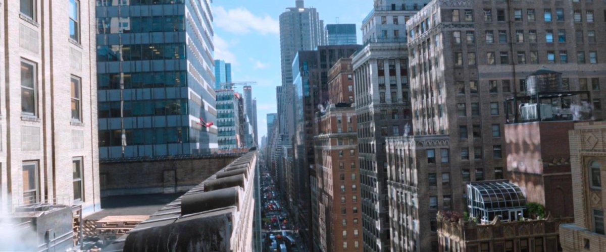 Swinging Selfies, New York | MCU: LocationScout