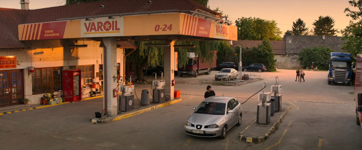 Varoil Gas Station, Budapest | MCU LocationScout